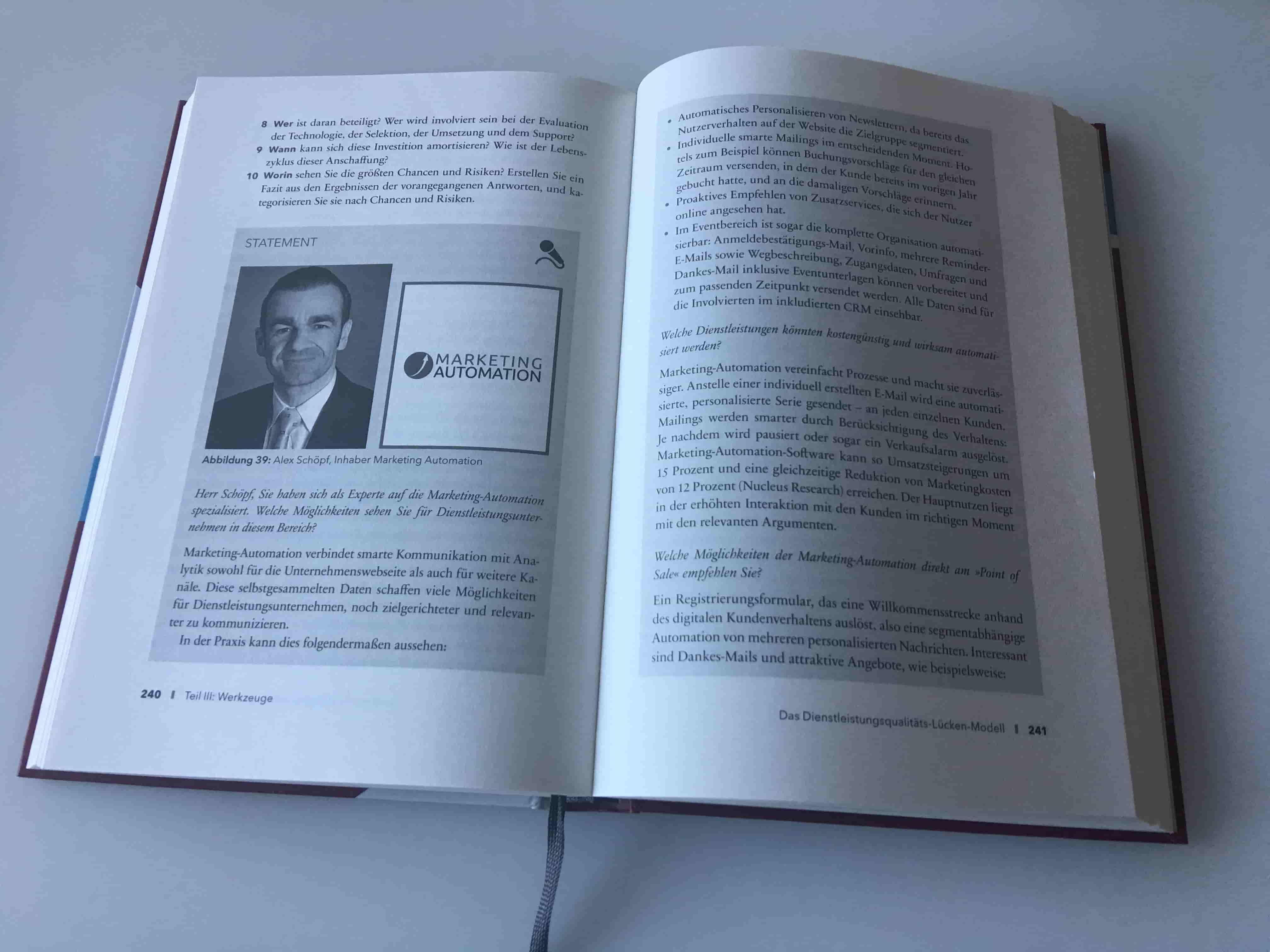 Interview im Praxisbuch Dienstleistungsmarketing (Campus Verlag) Campus Buch Marketing Automation interview POS min